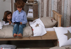 Junior dekbedovertrek Stars pure beige kussenhoes