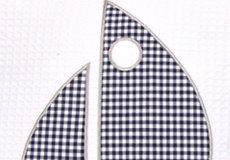 Sierkussen Sailboat blue applicatie